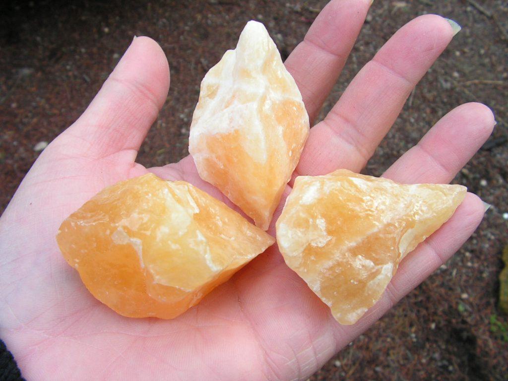 piedras preciosas brutas