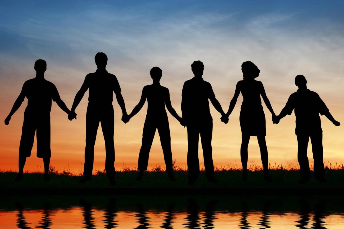Les chemins de vie 3 sont des personnes socialement magnétiques.