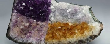 pierre change de couleur