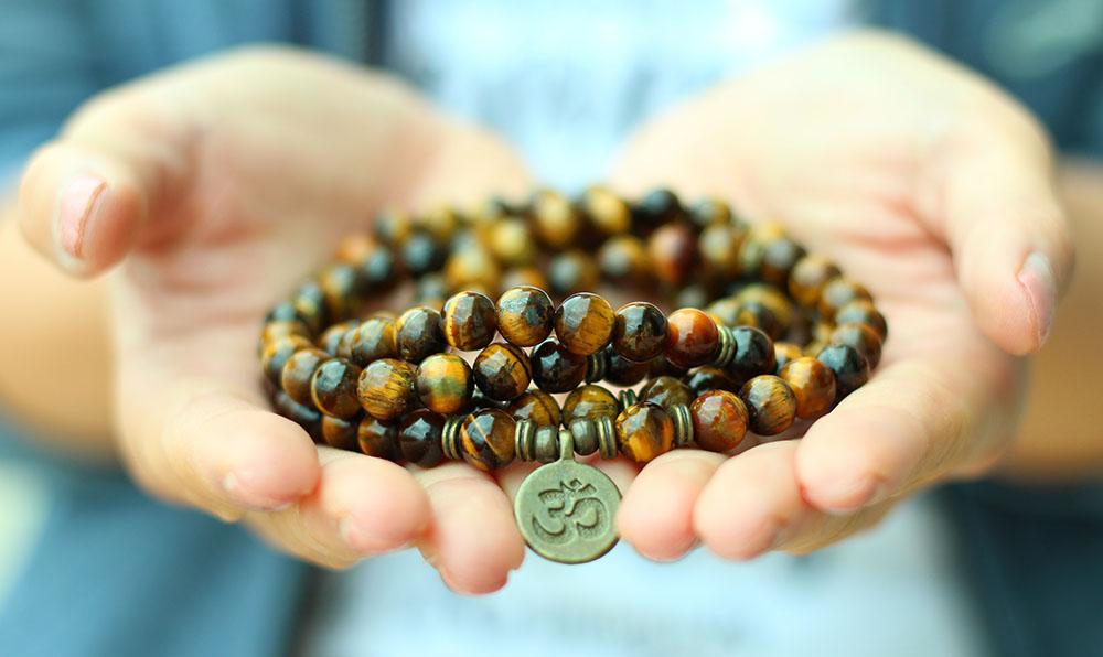 Pulsera mala en Ojo de Tigre - Karma Yoga Shop