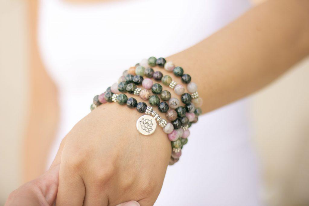 bracelet mala de 108 perles